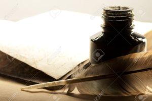 13970002-Vecchio-libro-con-penna-e-calamaio-Archivio-Fotografico